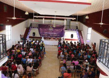 Ante más de 200 asistentes, se habló del derecho de los jóvenes y las mujeres a participar en la democracia de nuestro Estado
